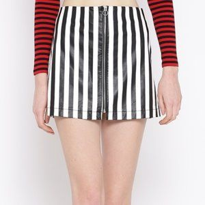 forever 21 faux patent leather stripe zip skirt